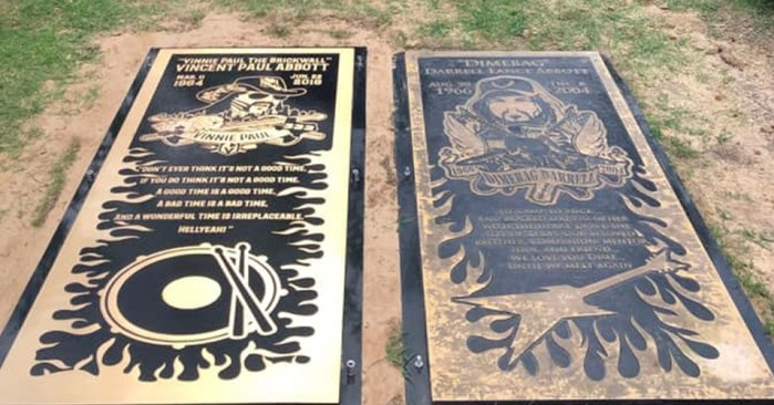 vinnie paul dimebag darrell - Here's The First Look of VINNIE PAUL & DIMEBAG DARRELL's Grave Marker