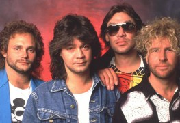 "Sammy hagar Van Halen - Sammy Hagar on VAN HALEN Reunion: ""Eddie & I Are Not Done. I Foresee It Happening"""