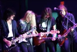 Ace Sebastian Warren - Watch Ace Frehley, Sebastian Bach, Warren DeMartini & Gilby Clarke Perform Classic Songs