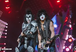 Paul Stanley gene Simmons - KISS' Paul Stanley Posts A Message To Gene Simmons On Entering His 70's