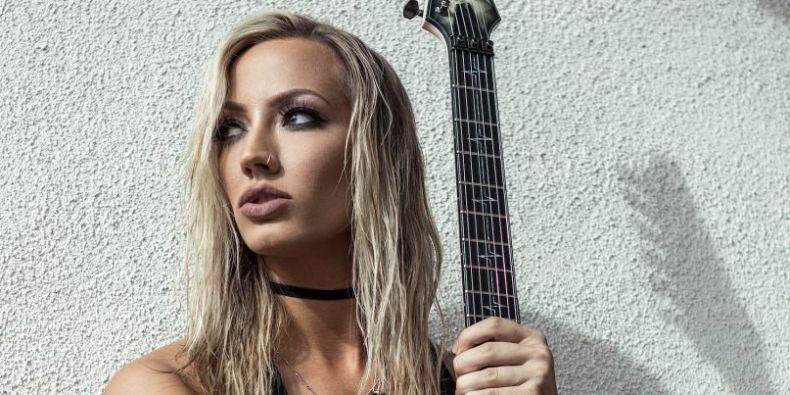"Nita Strauss - Nita Strauss: ""James Hetfield Is Rock And Roll As F*ck For Getting His Demons Under Control"""