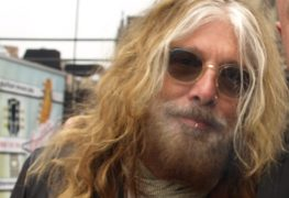 john corabi - John Corabi Confirms 2 Unreleased MOTLEY CRUE Songs That He Co-wrote With Nikki, Mick & Tommy