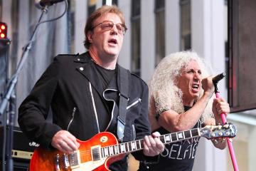 Jay Jay French - TWISTED SISTER's Jay Jay French Has A Message For People Who Refuse To Wear Face Masks