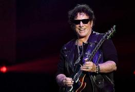 """Neal Schon - Neal Schon & Jonathan Cain Respond To Ex-Members: """"JOURNEY Name Is Controlled By Us"""""""