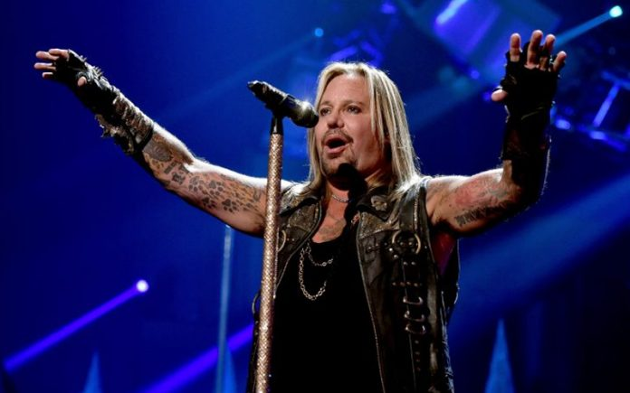 vince neil - Has VINCE NEIL Really Lost Weight? MOTLEY CRUE's Singer New Photos Surprise Fans