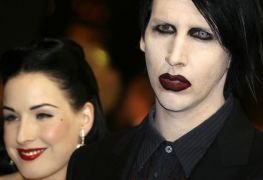dita von teese marilyn manson - MARILYN MANSON's Ex-Wife Dita Von Teese Releases A Statement On Abuse Allegations Against The Singer
