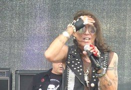 Stephen Pearcy - RATT's Stephen Pearcy Is Battling Liver Cancer
