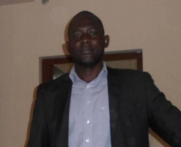 Les conséquences politiques, institutionnelles et juridiques de la reforme constitutionnel de 2011 relative à la création d'organisme publics au Gabon