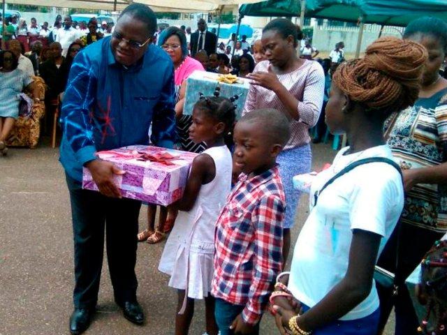 Makokou: Les meilleurs élèves récompensés