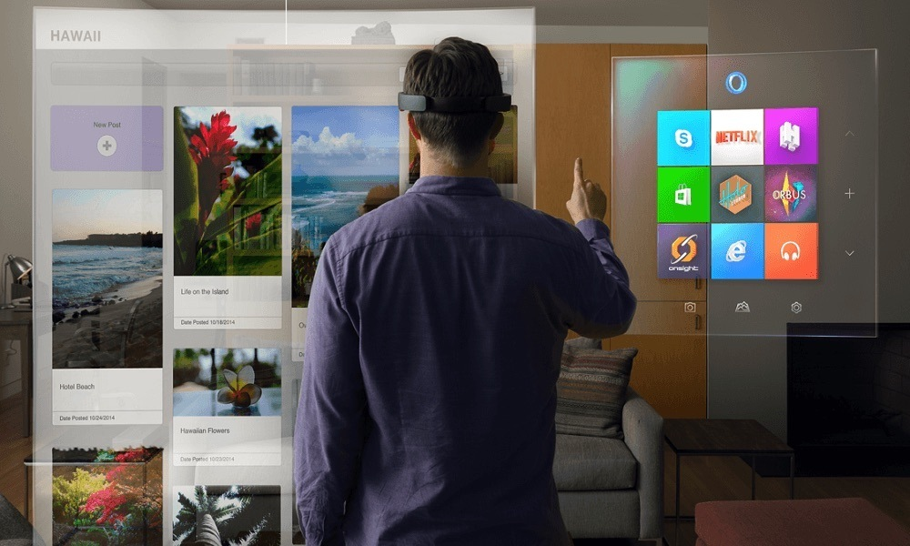 A bit of 'Augmented Reality' meets 'Virtual Reality'