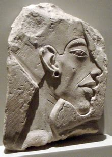 Moses was actually Akhenaten? What?!?
