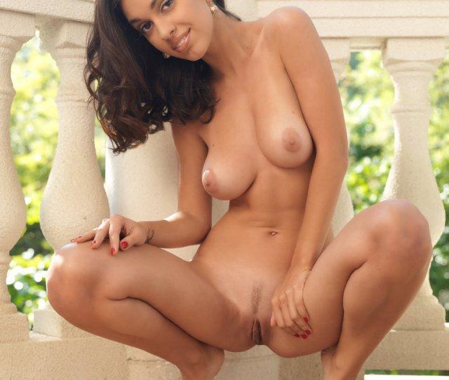 Pics Of Girls Pierced Tits