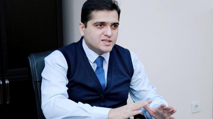 """Elxan Sahinoglu vefat eden diplomatdan yazdi - """"Dostumuzu itirdik"""""""