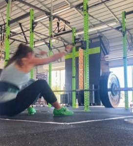 strength training for runners, preventing overuse injuries, strength training prevent overuse injury, strength training program for runners, strength training for runners no equipment, running exercises for beginners, strength training for runners at home