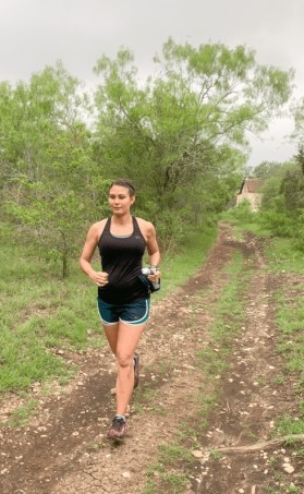 trail running while pregnant, trail running during pregnancy, benefits of running while pregnant, can you run while pregnant, is it safe to run while pregnant, is trail running safe during pregnancy