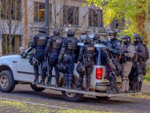 Heavily armed riot police, Portland (Shutterstock)