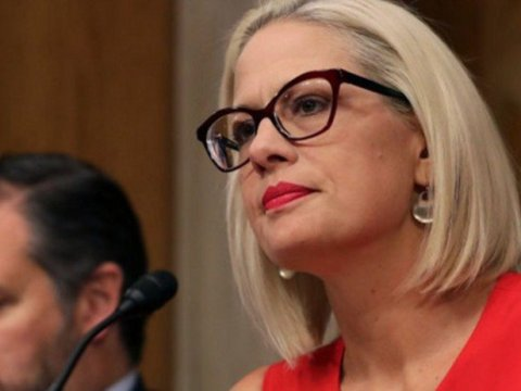 Sen. Kyrsten Sinema (D-Ariz.) and a handful of right-wing Democrats pose a potentially existential threat to the $3.5 trillion Build Back Better Act, a sweeping budget reconciliation package that, if passed, would fund robust climate action. (Photo: Chip Somodevilla/Getty Images)