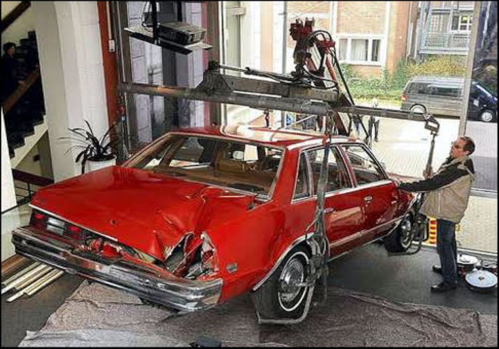 Peekskill Meteorite Car