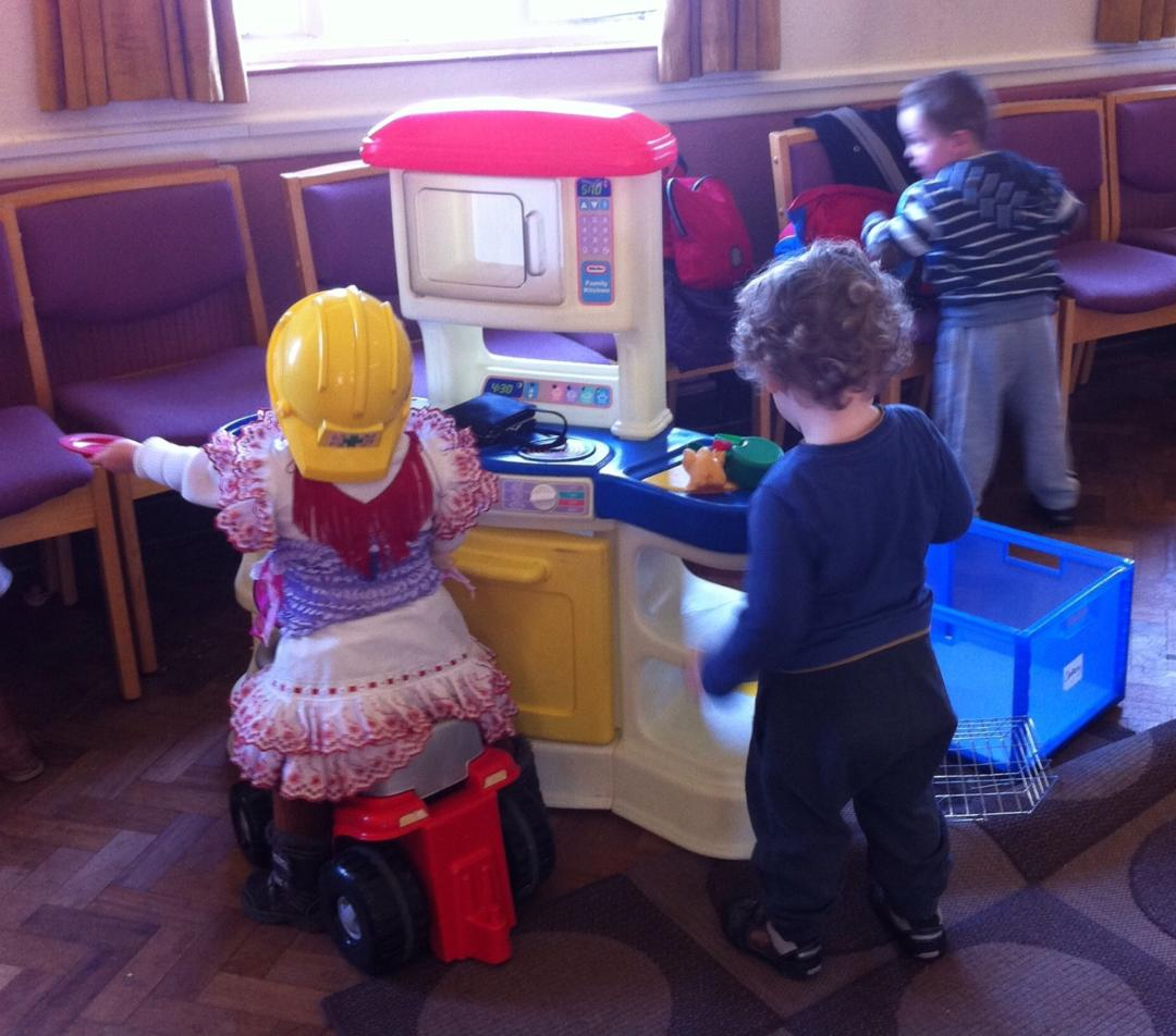 Toddler groups - Children playing