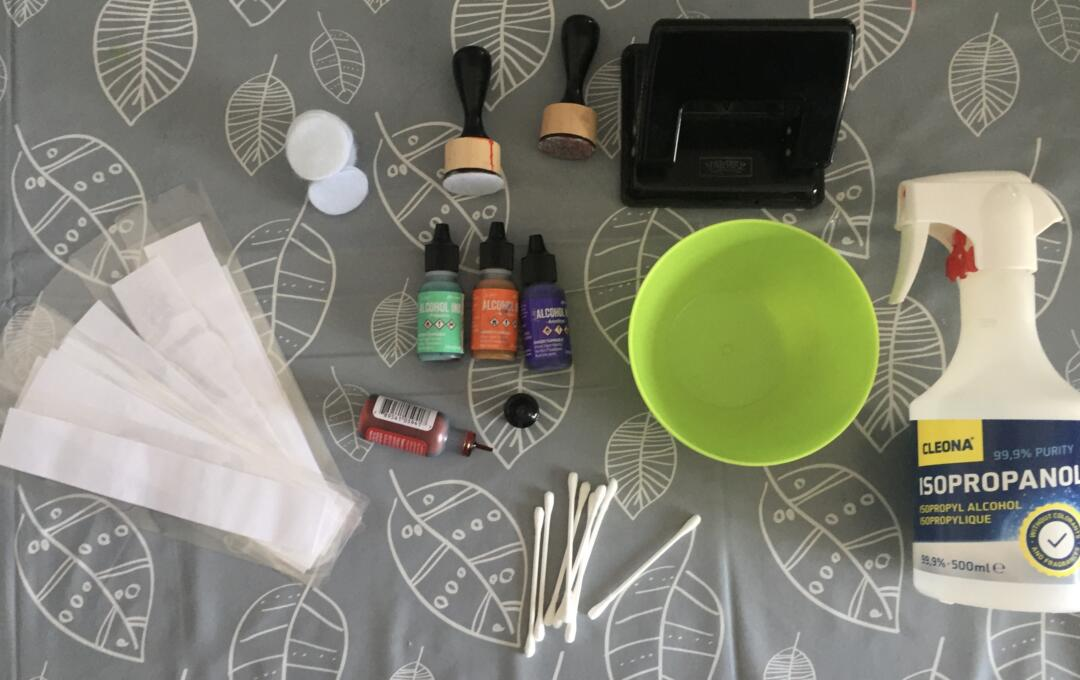 Equipment needed to make alcohol ink bookmarks