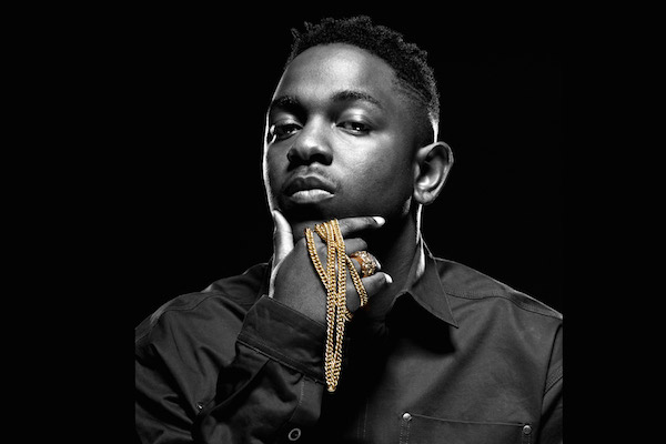 kendrick lamar with gold chain