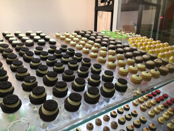 Marleys Cupcakes - bitsize cupcakes shelf