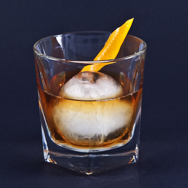 Whiskey_Old_Fashioned.jpg?fit=600%2C599&ssl=1