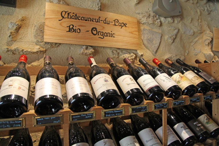 bio and organic wine from chateauneuf-du-pape