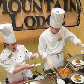Dawn Gray and Gorden Courtney offer Sun Mountain Lodge samplers. Photo by Don Nelson