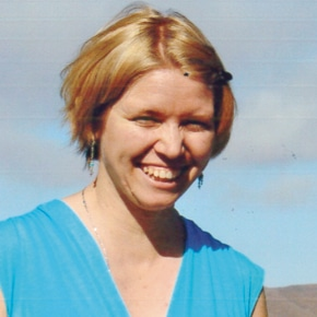 Kelly Larrayn Hammer Powidzki 1980–2014