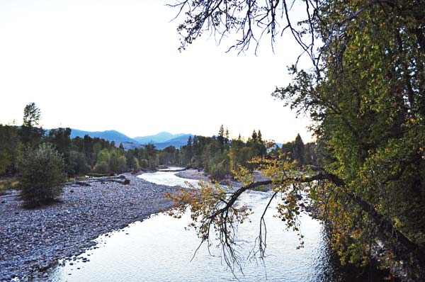 Photo licensed under Creative Commons by photographer Joe Mabel> It was near this site — at the confluence of the Chewuch and Methow Rivers — that one of the larger groups of Methow Indians was living in the later 1800s when Pateros was founded further south, where the Methow River joins the Columbia.