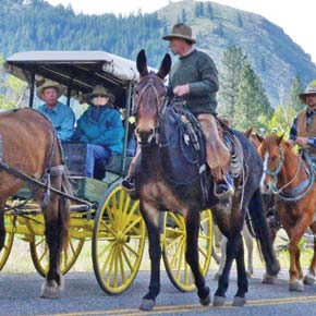 Ride to Rendezvous goes 'round the valley' for a taste of camping cowboy style