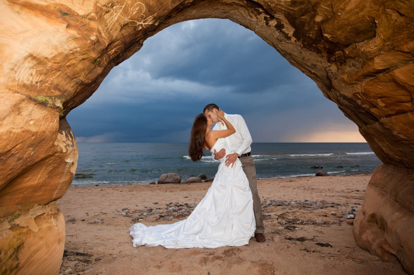 PART 1 WEDDING BEACH COUPLES PORTRAITS COLOUR AND BLACK AND WHITE 007261 (Custom)