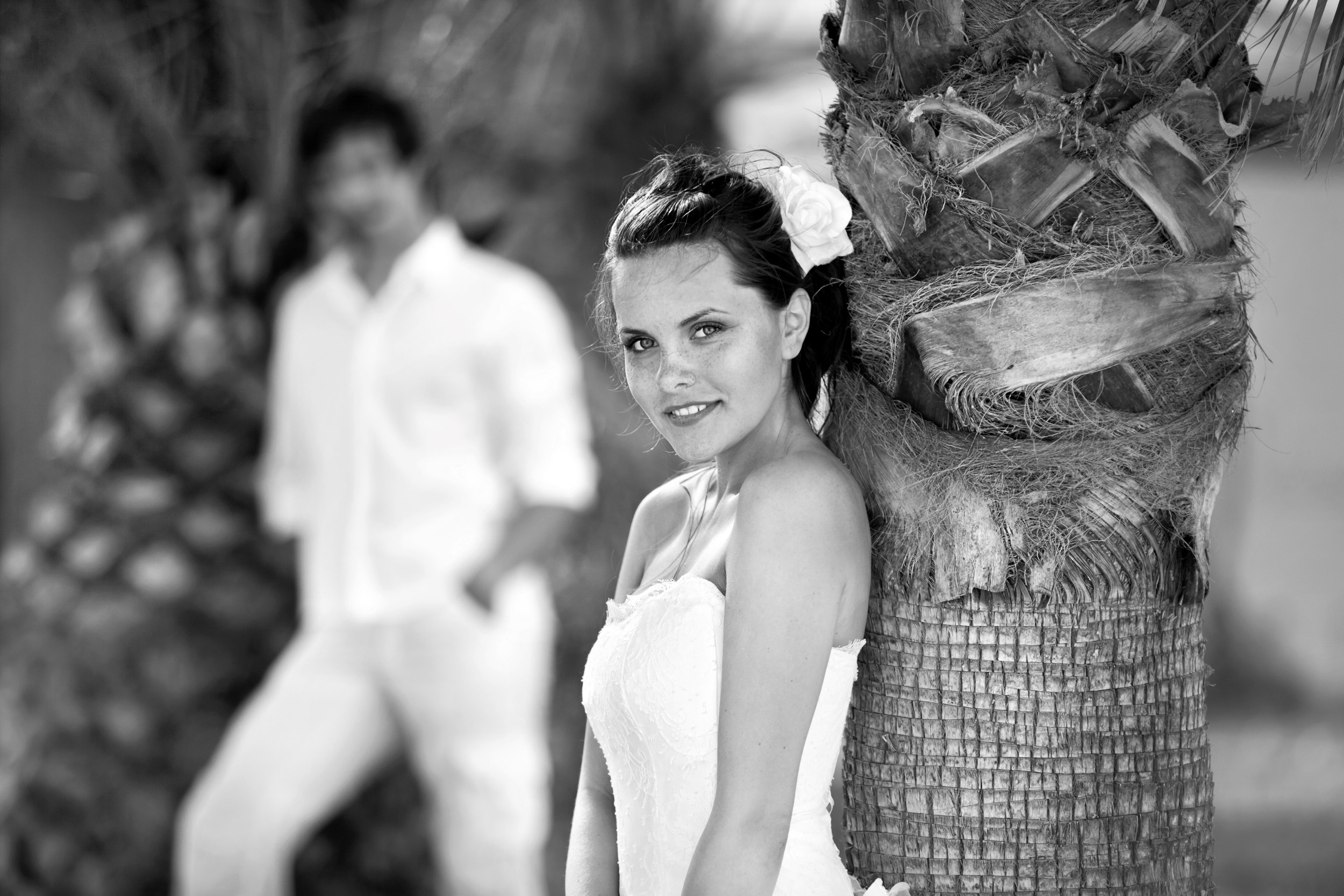 PART 2 WEDDING BEACH COUPLES PORTRAITS COLOUR AND BLACK AND WHITE 003832 (Custom)