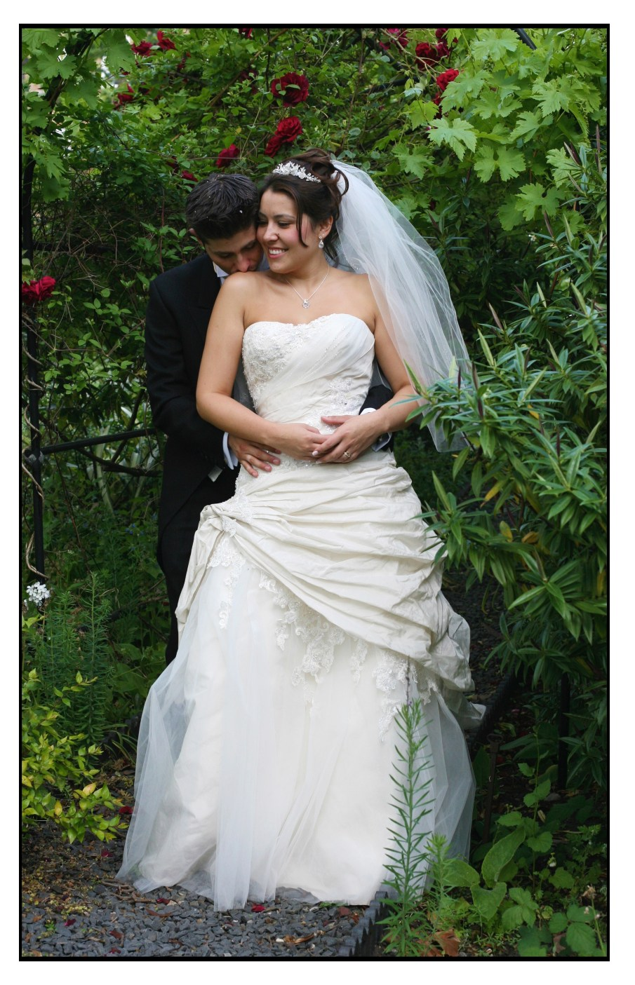 WEDDING STYLES COLOUR AND BLACK AND WHITE 0580 (Custom)