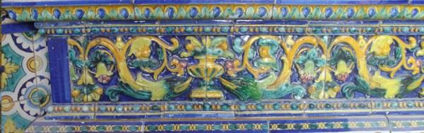 Reintegración, suministro y realización de azulejos  en el interior de la capillita del Carmen. Triana. Sevilla.