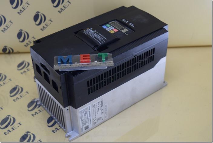 OMRON 3G3MX2-A2055-V1 (1)