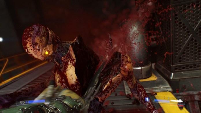 Partir en dos a un demonio con una sierra mecánica tiene su cosa. Así es Doom.