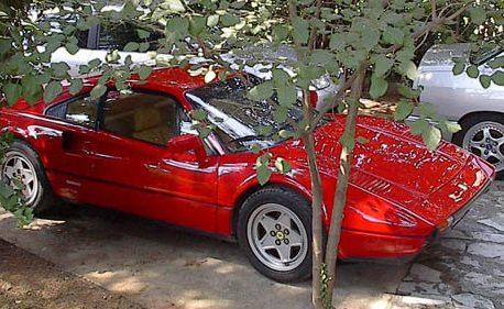 Read more about the article Κόκκινο – όπως Ferrari, γράφει ο Δημήτρης.