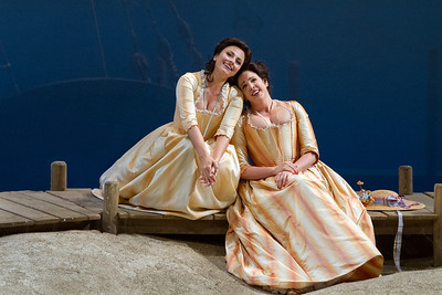 "Isabel Leonard as Dorabella and Susanna Phillips as Fiordiligi in Mozart's ""Così fan tutte.""  Photo: Marty Sohl/Metropolitan Opera  Taken on September 11, 2013 at the Metropolitan Opera in New York City."