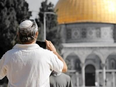 من في القدس