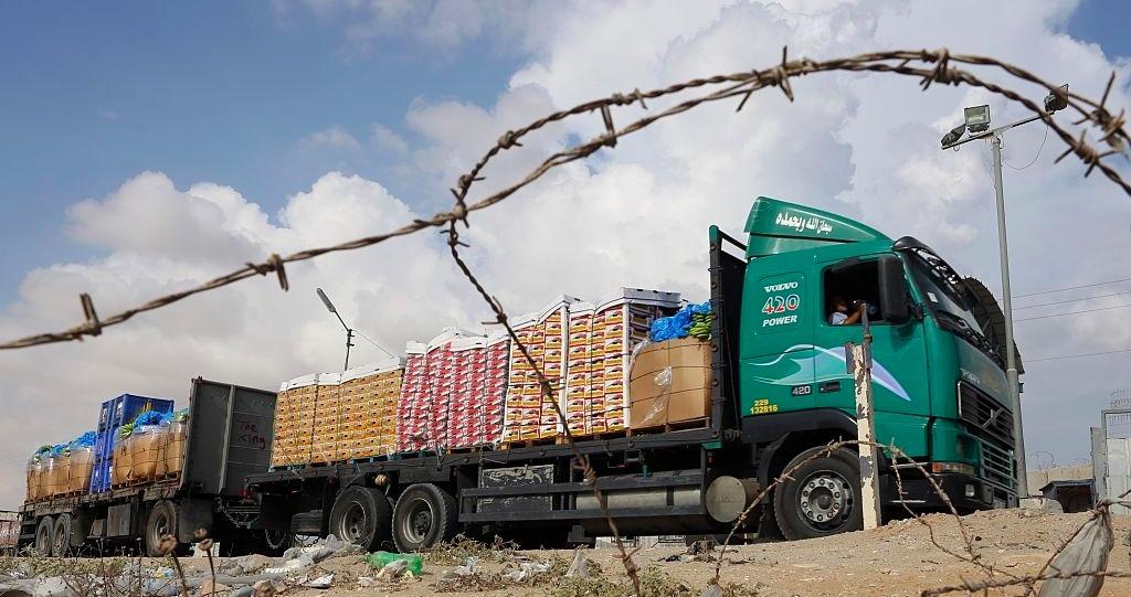 المسموح والممنوع.. معابر تُحاصر غزّة