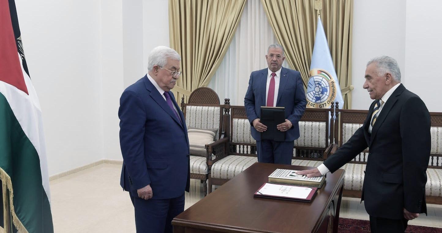 القضاء الفلسطينيّ.. كيف يؤمّن عبّاس نفسه؟