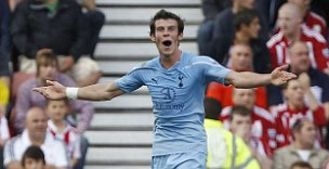 Tottenham Hotspur's Gareth Bale celebrates his screamer against Stoke City (Reuters)