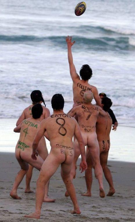 Charlie Le Mindu's naked London Fashion Week catwalk show