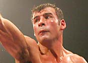 Calzaghe to fight Contender