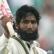 Yousuf continues record-breaking run