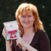 Eddi Reader awarded honorary degree