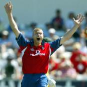 Cork backs Flintoff as skipper