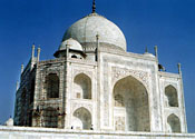 Taj Mahal to get 'mud pack' treatment